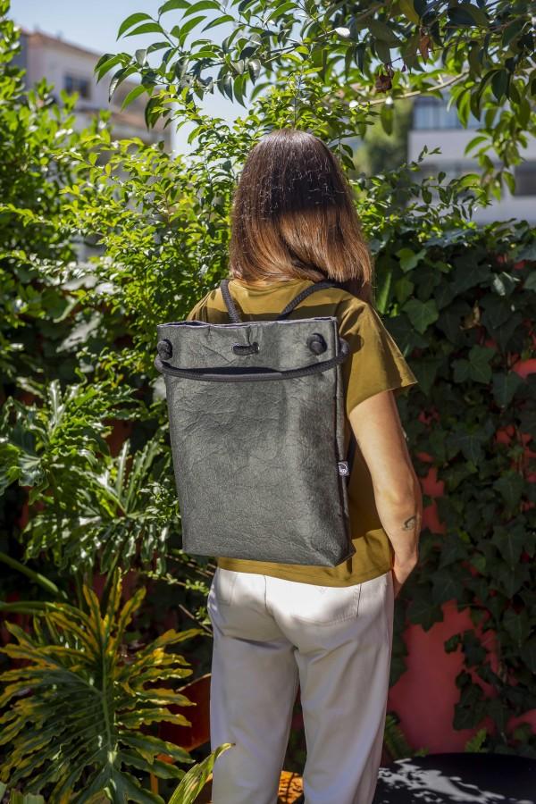 ANANAS BLACK BAG-BACKPACK M size