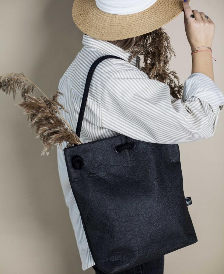 ANANAS BLACK BAG-BACKPACK S size