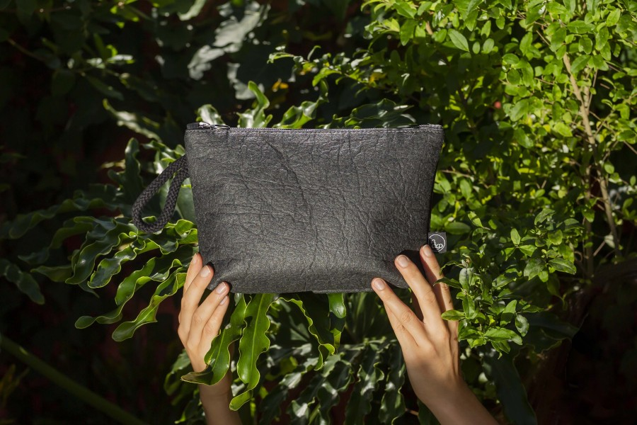 ANANAS BLACK CLUTCH BAG 2in1 M size